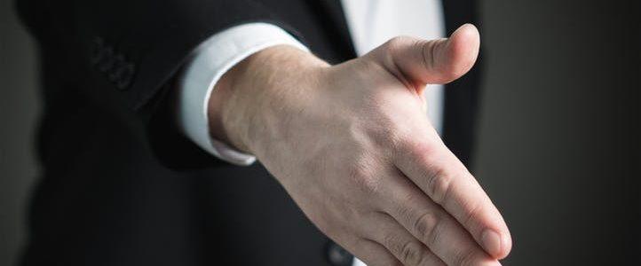 تفسير حلم رؤية اليد 2018 بالتفاصيل