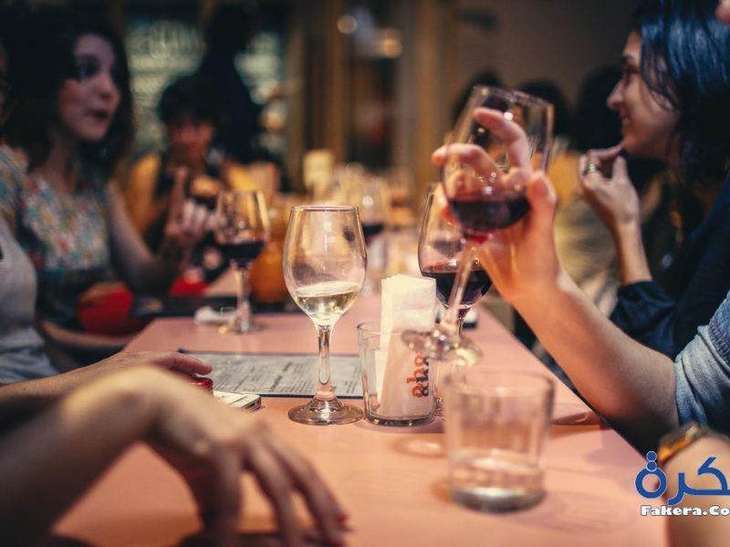 تفسير حلم رؤية شرب الخمر في المنام