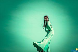 تفسير حلم رؤية الميت بلباس أخضر في المنام