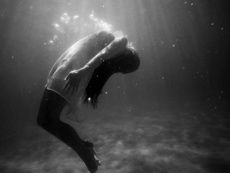 تفسير حلم رؤية شخص يقول انه سيموت في المنام