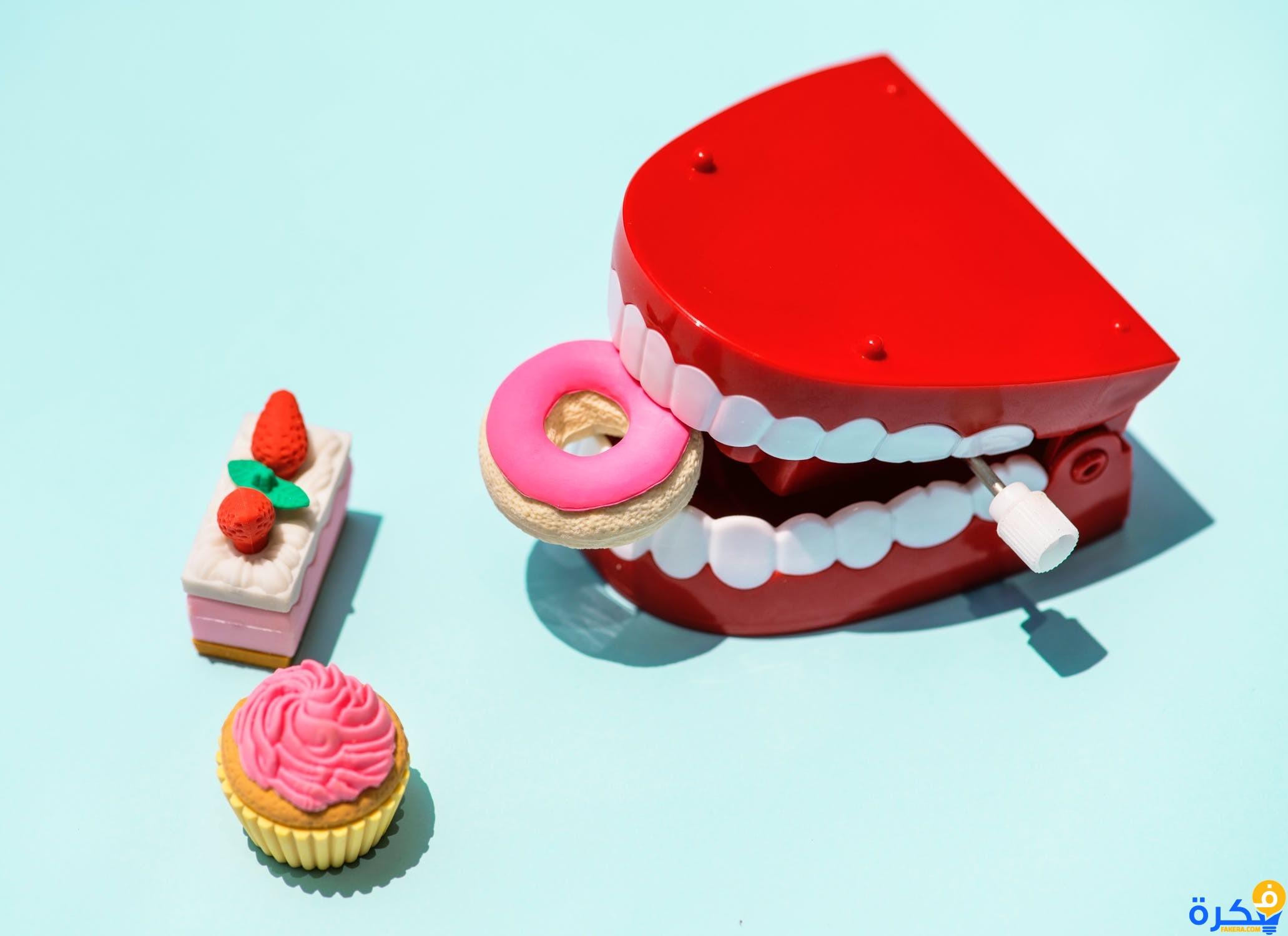 نزول الدم من الأسنان في المنام