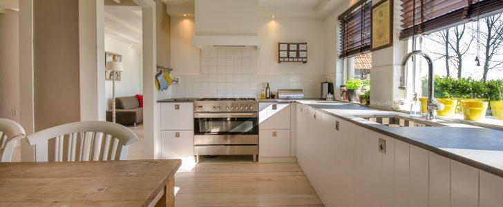 تفسير حلم تنظيف البيت بالماء للعزباء