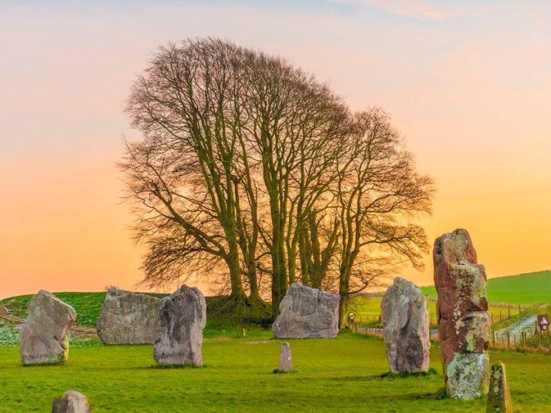 تفسير حلم حفر القبر في المنام