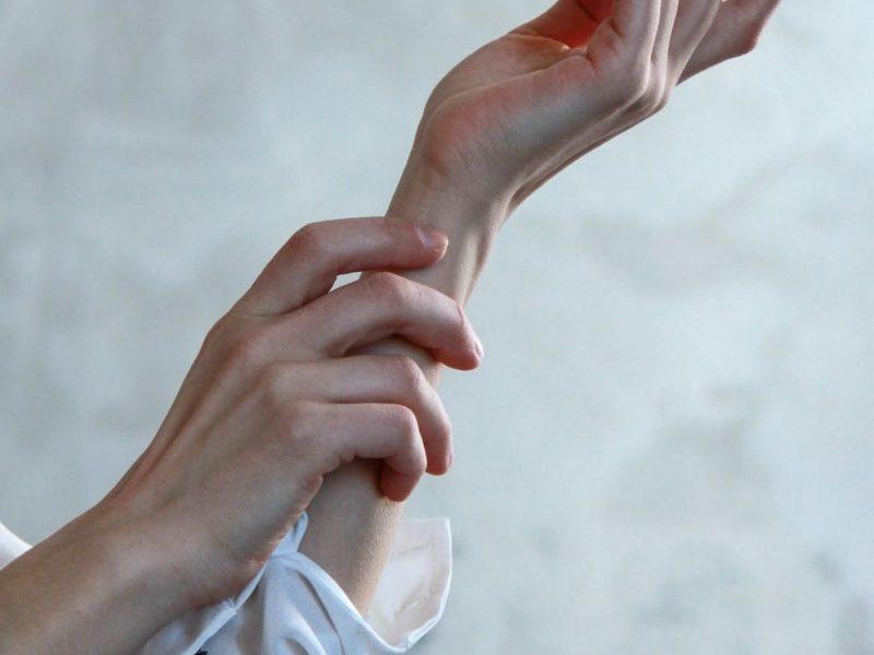 تفسير حلم الاصابة بالجدري ( العنقز )