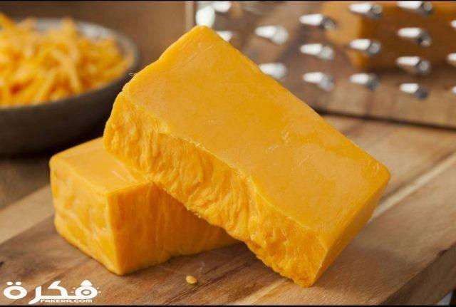 السعرات الحرارية في الجبنه الشيدر
