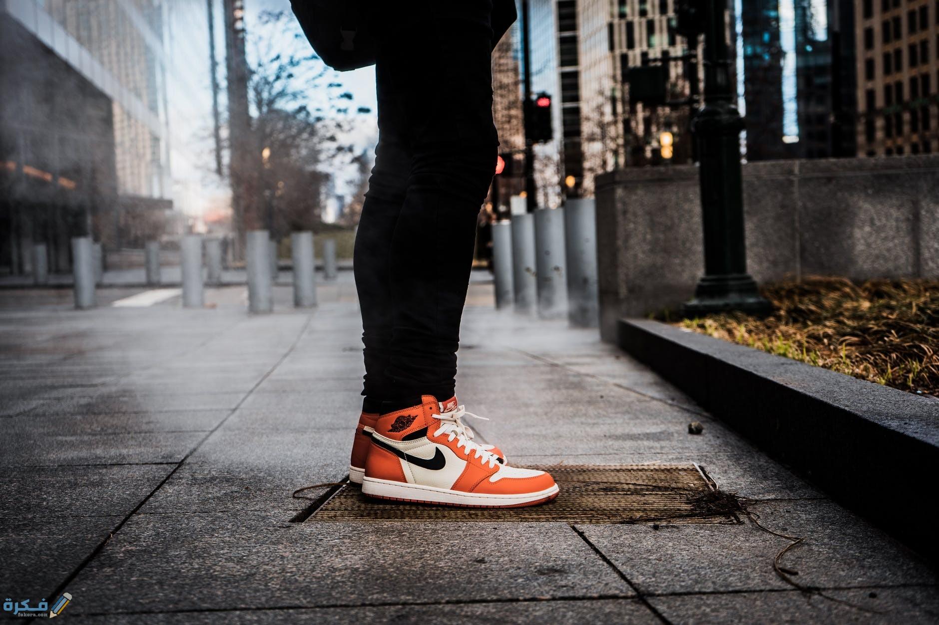 تفسير رؤية الحذاء في المنام معنى الحذاء القديم والجديد والواسع والضيق والمختلف في الحلم ارب حظ
