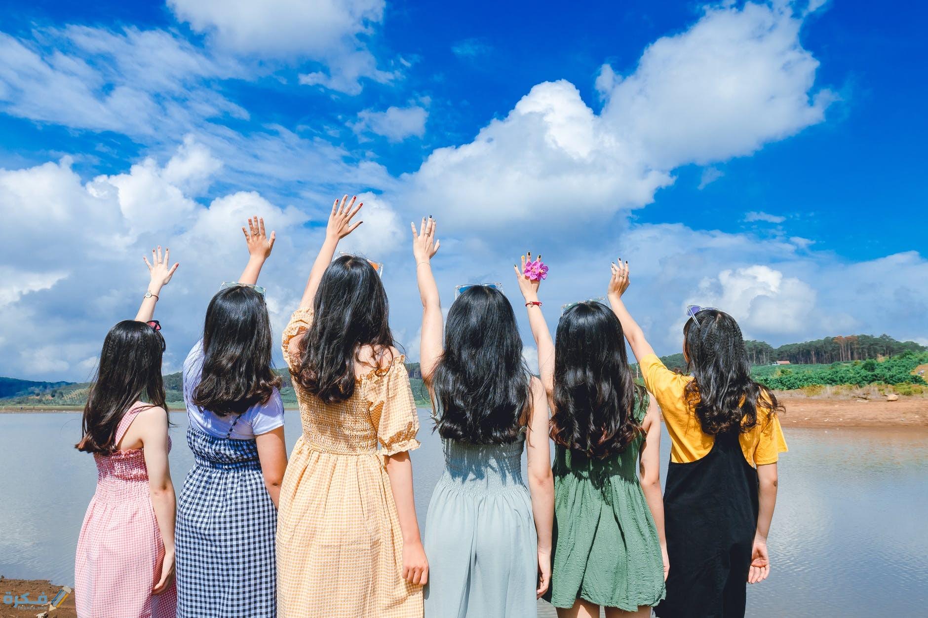 تفسير رؤية مجموعة من البنات في المنام موقع فكرة