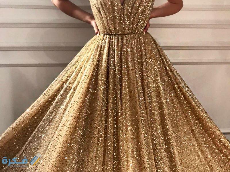 تفسير حلم رؤية الفستان الذهبي