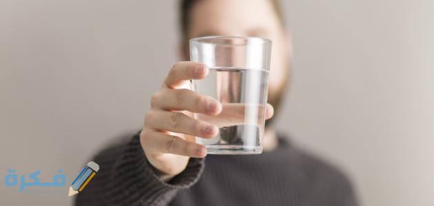 هل يجوز شرب الماء بعد الأذان الأول ؟ وماهو الفجر الكاذب والفجر الصادق ؟