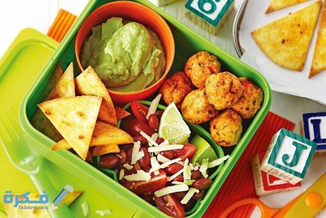 نصائح لتشجيع الطفل على تناول الوجبات الغذائية الصحية